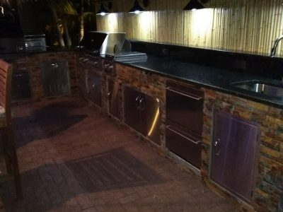 Fort Myers Beach Outdoor Entertaining Area - Appliances