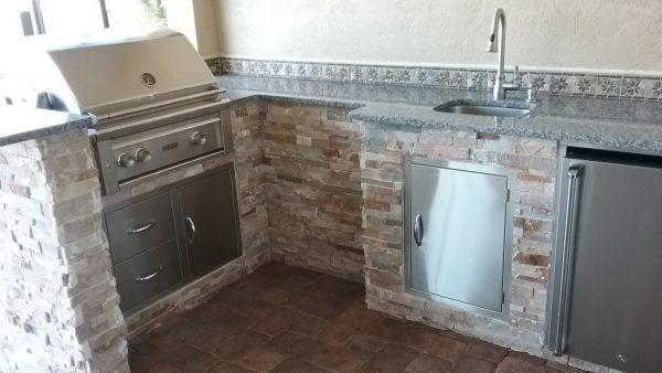 Punta Gorda Outdoor Kitchen - Appliances