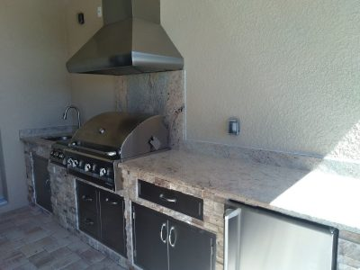 Venice Outdoor Kitchen - granite counter tops