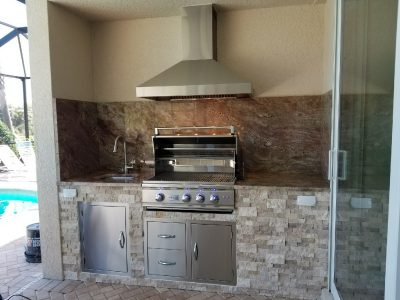 Venice Outdoor Kitchen with Hood Vent and Summerset Grill