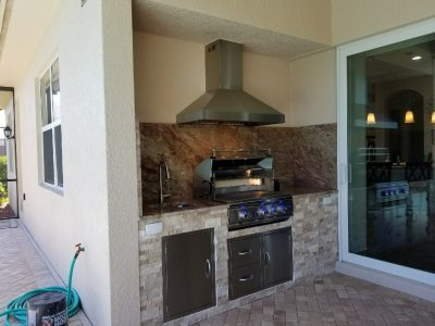 Venice Outdoor Kitchen in Lanai